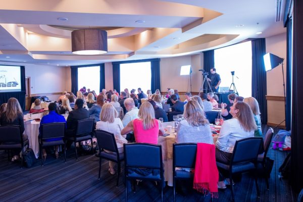 Top 10 tips for planning a corporate event